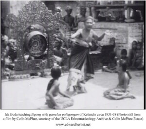 Ida Boda teaching Legong